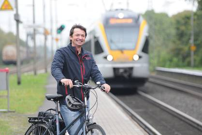 Cyclist at trainstation